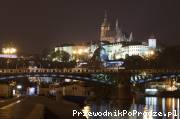 Čechův most i widok na nocne Hradczany